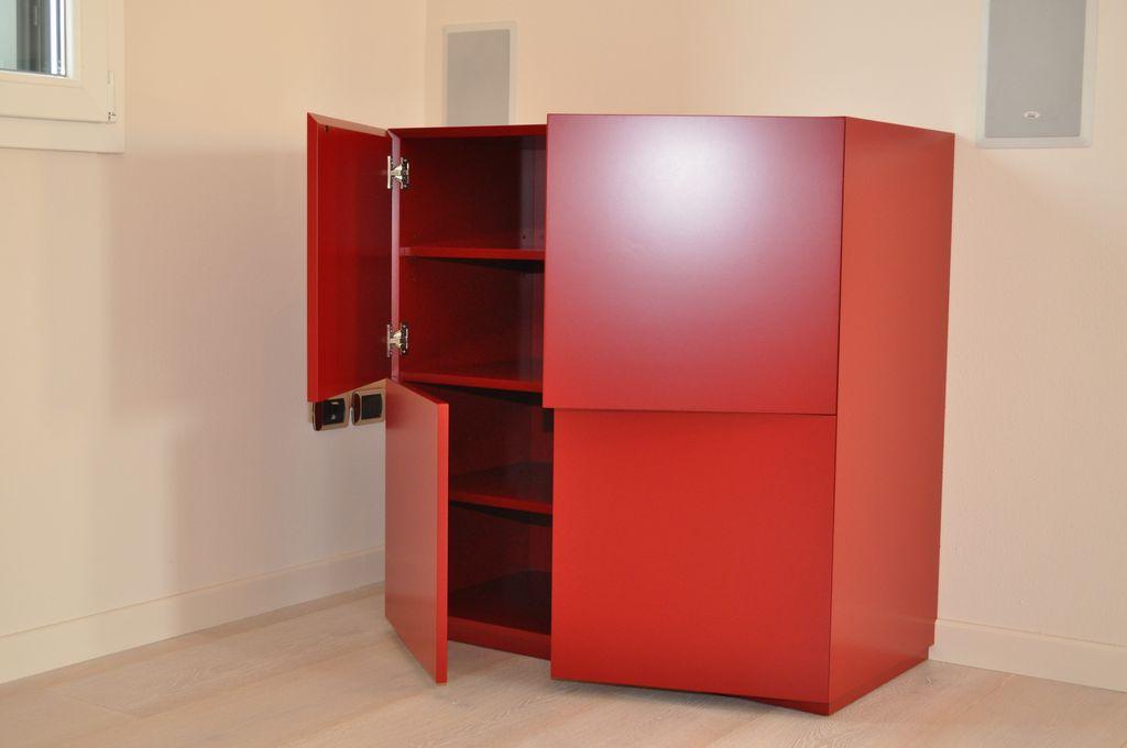 Mobile Laccato Rosso